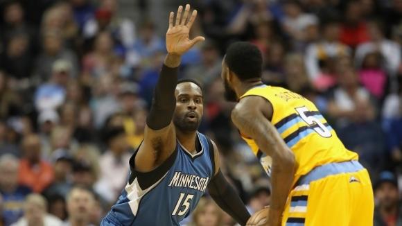 Мухамад и Минесота си стиснаха ръцете