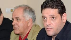 Данчо Лазаров: Пламен Константинов остава селекционер на България
