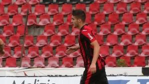 """Илия Димитров измъкна Локо от 0:2 в Балчик, """"железничарите"""" бесни на съдията"""