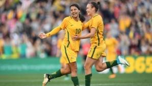 Мой и Кър са футболисти номер 1 в Австралия през годината
