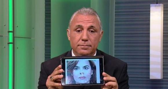 Плашат със съд Стоичков заради атаката към вицепремиера на Испания