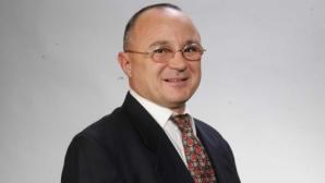 Румен Стоилов преизбран за първи вицепрезидент на Световната федерация по самбо