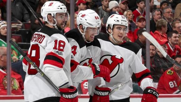 Майлс Ууд се поздрави с първи хеттрик в НХЛ