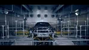 BMW засилва напрежението преди премиерата на i8 Roadster (видео)