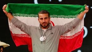 Шампион от Рио продава медала си, за да помогне на пострадалите от заметресението в Иран и Ирак