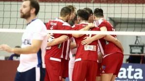 Олимпиакос и Алексиев записаха нова победа в Гърция