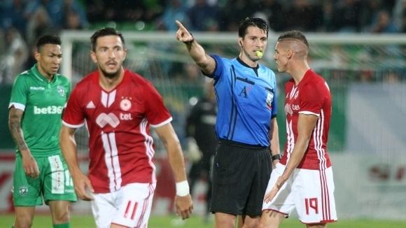 Дадоха дербито на Ангел Ангелов, вижте всички назначения в Първа лига