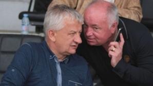 Шеф в Локомотив вбеси Крушарски
