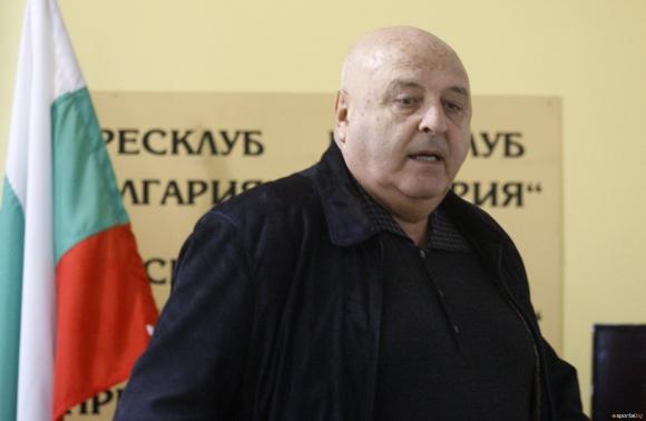 """Венци Стефанов: Любо Пенев се провали, ако някой го бута, значи ще е """"кукла на конци"""""""