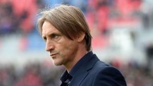 Тонев остава без треньор