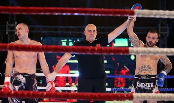 Бранко Бабачев победи Радо Карашев в спектакълa Ultimate Pro Fight 12 (видео + галерия)