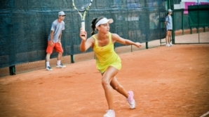 Аршинкова с две победи на турнир в Кайро