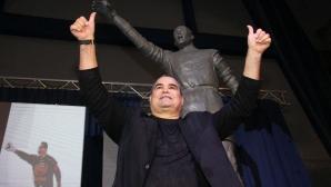Чилаверт вече има своя статуя в Аржентина