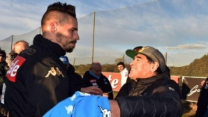 Марадона пожела на Хамшик скоро да го задмине