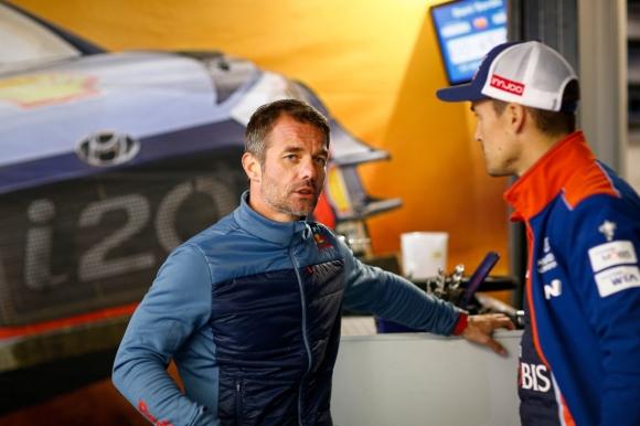 Льоб ще помага на Нювил за титла във WRC