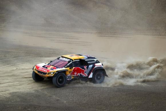 Дакар, ден 2: Peugeot с първите три времена от първия дълъг етап (видео)
