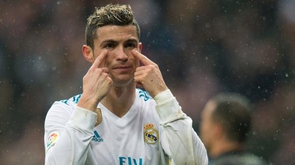 """Реал Мадрид не излиза от дълбоката яма, """"Бернабеу"""" видя нов провал (видео + галерия)"""