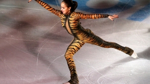 Алина Загитова спечели кратката програма на ЕП по фигурно пързаляне