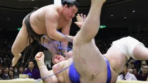 Аоияма с четвърта загуба на Новогодишния турнир в Токио