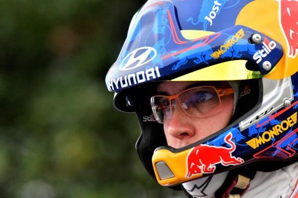 Малко драма и Нювил начело в първия шейкдаун във WRC за 2018 (видео)