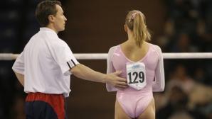 Треньорът на женския отбор по спортна гимнастика на САЩ хвърли оставка
