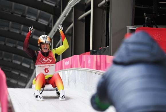 Натали Гайзенбергер защити олимпийската си титла в състезанието с шейнички