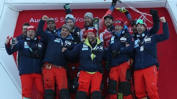 Отборът, който спи заедно, е устремен към поредния олимпийски връх