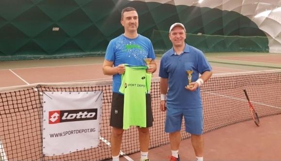 Рекорден брой тенисисти в Първия вечерен турнир