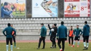 Илиан Илиев повика нови четирима юноши