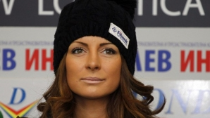 Бащата на Жекова: Сани е с най-нисък бюджет в сравнение с конкурентките й