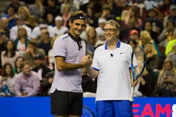 Федерер и Бил Гейтс събраха 2,5 млн. долара в благотворителното шоу за Африка