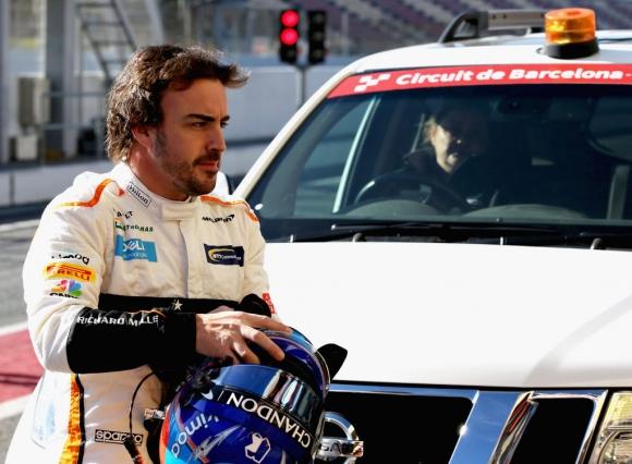 Алонсо обмислял да напусне Ф1, но сега не вижда причина да бъде песимист