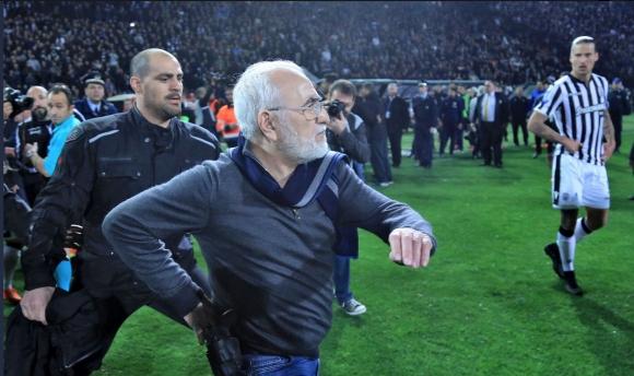 Гръцките клубове се опасяват от заличаване