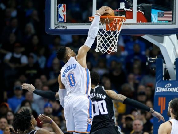 Уестбрук със 100-тен трипъл-дабъл в НБА, победи за лидерите на Изток Торонто, Индиана и Кливланд