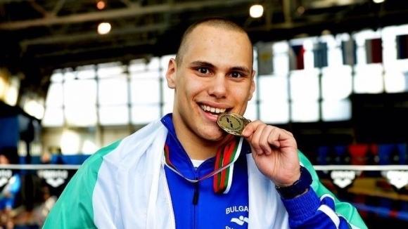 Антъни Иванов с два медала на държавното