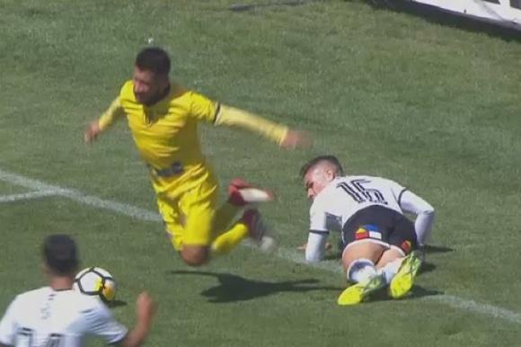 Скандална симулация на мач в Чили (видео)