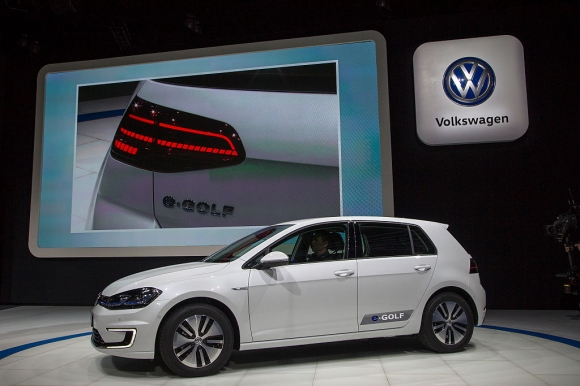 Volkswagen разпродаде електрическия Golf