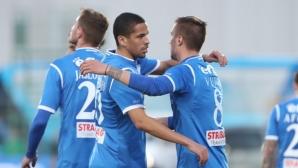 """Ривалдиньо с първи голове за Левски, """"сините"""" мачкат със 7:2"""