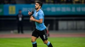 Юбилеен гол на Суарес и страхотно изпълнение на Кавани пратиха Уругвай на финал