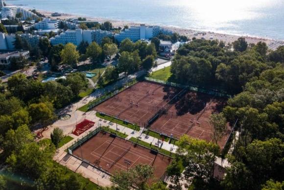 Албена се готви да посрещне най-добрите тенисисти в света през май