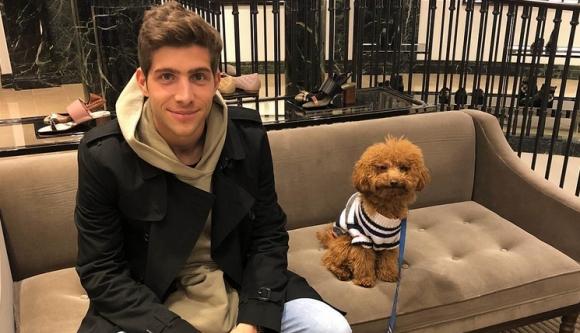 Кучето на Сержи Роберто е хит в социалните мрежи