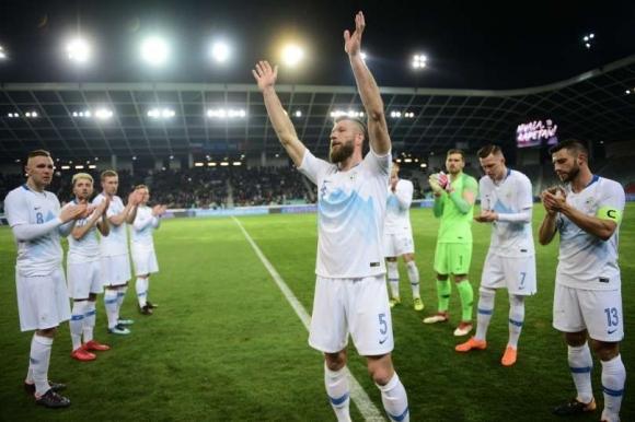 Словенска легенда се оттегли със загуба (видео)