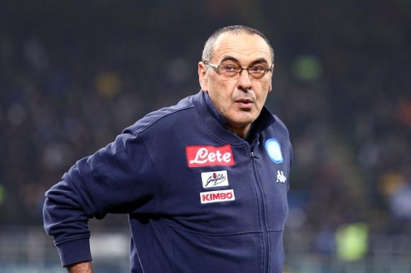 Три клуба пробват да отмъкнат Сари от Неапол