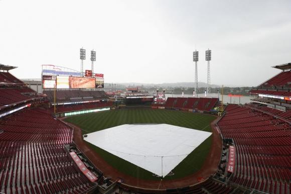 Дъжд и студ отлагат с 24 ч. началото на сезона в Синсинати