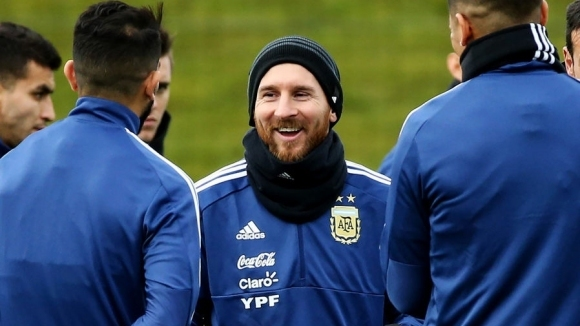 Бивш аржентински национал: Меси трябваше да играе, Кристиано не би пропуснал такъв мач