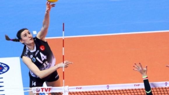 Еми Димитрова избухна с 28 точки, Бурса ББ продължава борбата за 5-о място в Турция