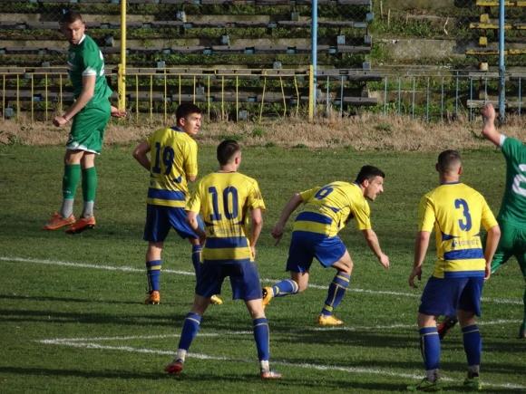 Футболистите на Марица ги чака 6 часа път за визитата в Балчик