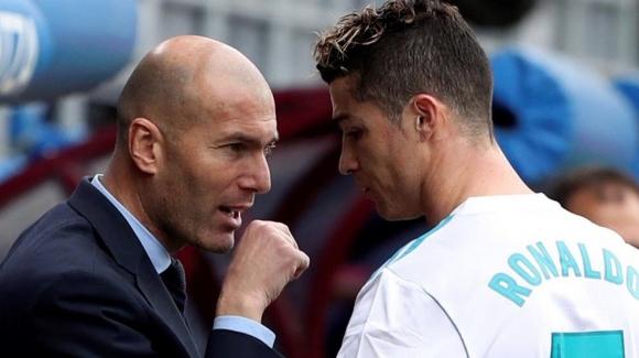 Зидан трябва да убеди Кристиано да остане, пише Marca
