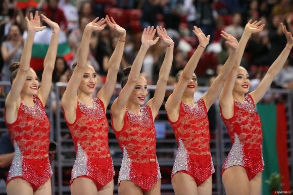 Гимнастичките от ансамбъла: Радваме се, че хората ни харесват и това ни мотивира