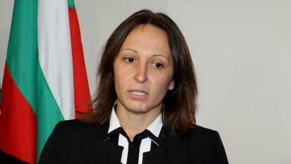 Евгения Раданова - повелителката на леда (видео)